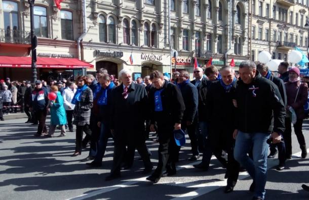 Полтавченко, Албин и Макаров возглавили колонну согнанных на митинг бюджетников