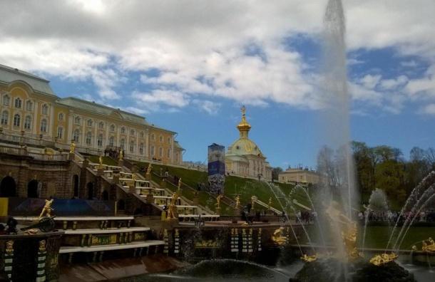 Праздник фонтанов посвящен году России и Испании