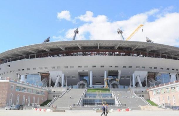 Укладка нового газона на арене на Крестовском завершена