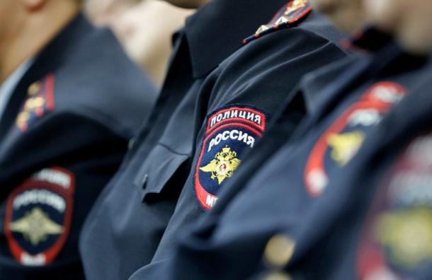 Труп мужчины в женском белье нашли в центре Петербурга