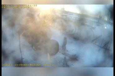 Двое рабочих сгорели заживо, пытаясь отогреть горелкой задвижку на автоцистерне