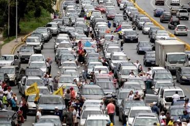 Венесуэльцы выехали намноготысячный автопробег против президента