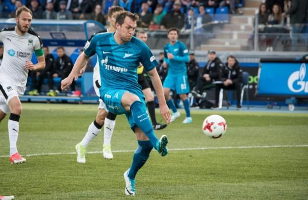«Зенит» победил «Краснодар» в последнем домашнем матче сезона