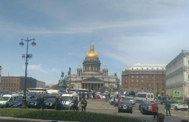 Заксобрание Петербурга сняло сповестки дня вопрос ореферендуме поИсаакию