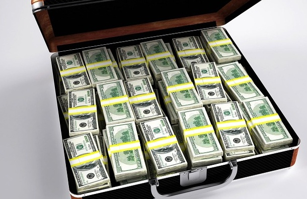 Колумбийка при расставании с мужем съела $9 тысяч