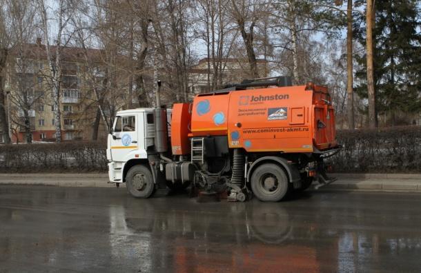 Ксередине весны дорожники вывезли сгородских улиц неменее 30 тыс. тонн грязи
