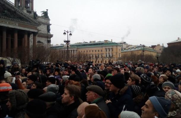 Путин: Музейная функция в Исаакиевском соборе должна сохраниться