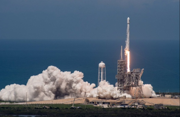 SpaceX приземлила использованную ступень