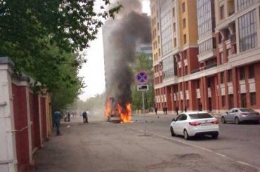 Очевидцы: экскурсионный автобус горел на Заозерной улице
