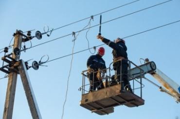 «Ленэнерго» из-за сильного ветра перешло на особый режим работы