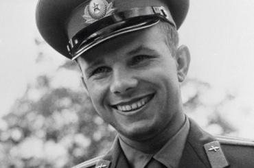 Баннер с Алексеем Гагариным поздравлял жителей Самары с Днем России