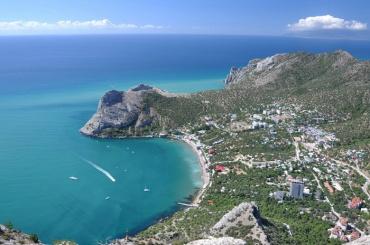 Спрос на Крым упал на треть