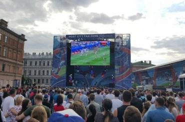 Фан-зону КК-2017 на Конюшенной площади закрыли из-за «Алых парусов»