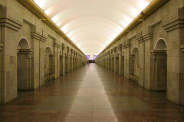 Станция метро «Крестовский» закрыта