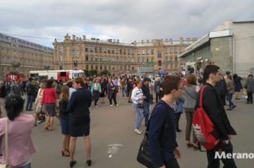 Станцию «Сенная площадь» закрыли на проверку