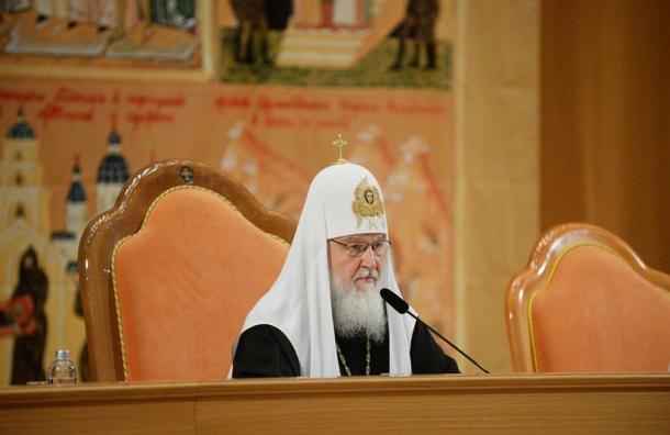 Патриарх Кирилл просит у московских властей больше земель под храмы
