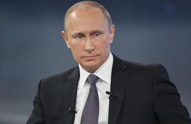 Опрос: две трети россиян хотят победы Путина на выборах