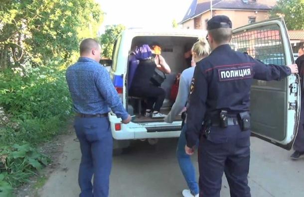 Полиция закрыла бордель в коттедже на Пролетарской