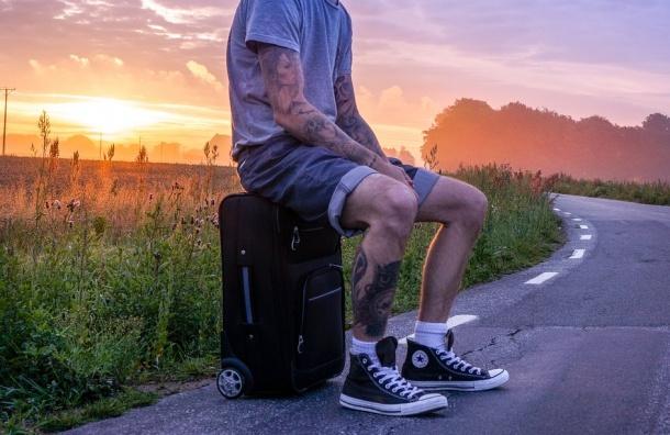 Каждый десятый россиянин хочет уехать за границу на ПМЖ