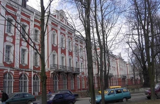 СПбГУ передал в полицию информацию о недополученных филологами 4,1 млн рублей