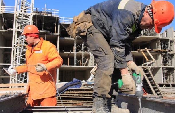 Минтруд хочет увеличить квоту на иностранных рабочих ради подготовки к ЧМ-2018