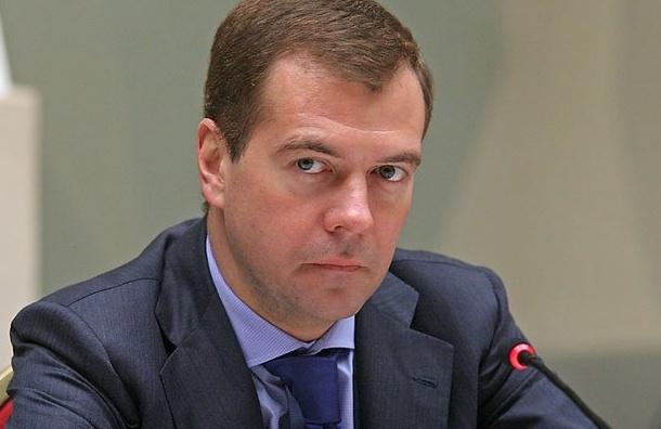 Медведев выразил соболезнования из-за смерти Антона Носика