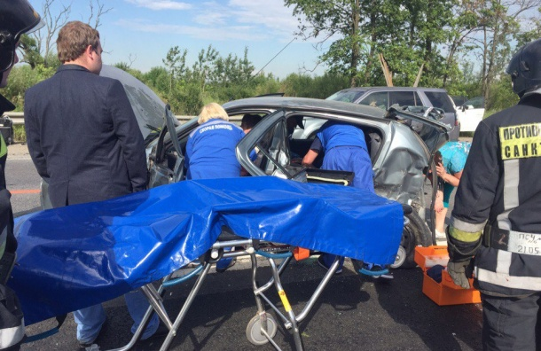Погиб человек в крупной аварии на Московском шоссе