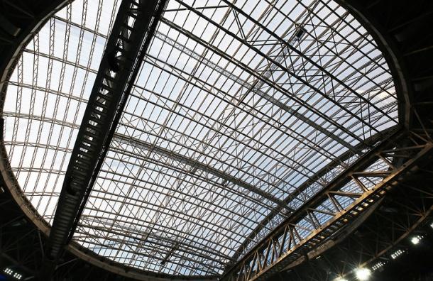 Генподрядчик по гарантии устранит протечку крыши стадиона на Крестовском