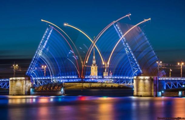Четыре моста будут разведены до шести утра 22 июля