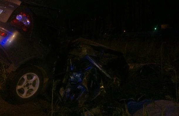 Два молодых петербуржца погибли в аварии на проспекте Энгельса