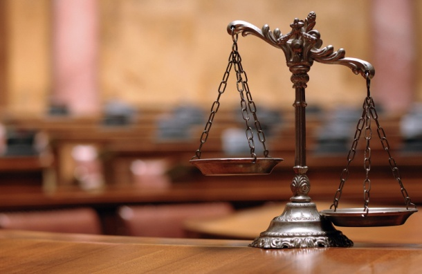 Суд в Петербурге арестовал предпринимательницу по делу о гибели 7 человек при пожаре