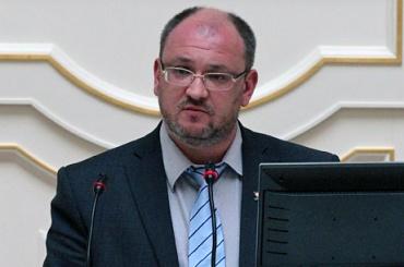 Адвокат Резника потребовал полностью оправдать депутата