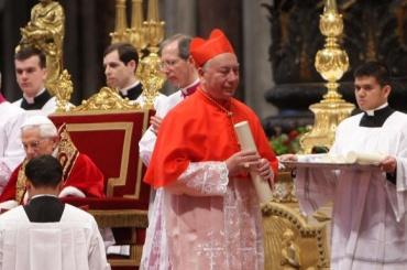 Секретарь итальянского кардинала устроил гей-оргию с наркотиками