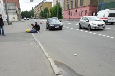 Пешехода сбили на улице Профессора Качалова