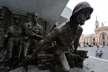 Польские историки обвинили Россию в фальсификации истории Второй мировой войны