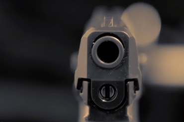 Мужчина подстрелил подростка вПетроградском районе