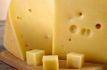 Две тонны сербского сыра не пустили в Петербург