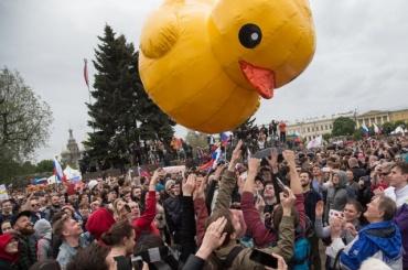 Несовершеннолетнего участника митинга 12июня впервые отпустили без штрафа