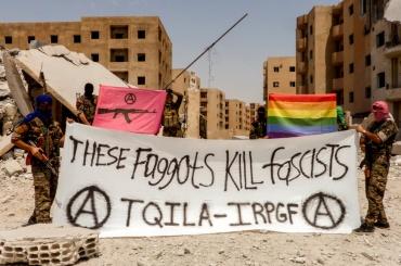 ЛГБТ объявили войну ИГИЛ