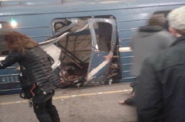 Смольный отказал в выплатах 15 пассажирам взорвавшегося поезда метро