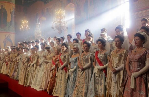 Поклонская о«Матильде»: «Народ просит, чтобы фильм невыходил наэкраны»