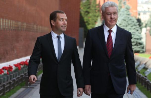 Медведев и Собянин возглавили рейтинг возможных преемников Путина