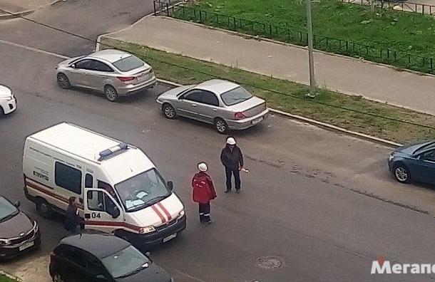 Рабочие пробили газовую трубу в Кудрово