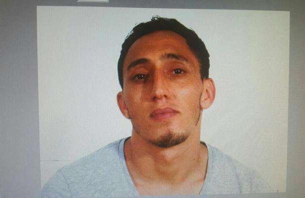 Полиция установила личность водителя, наехавшего на людей в Барселоне