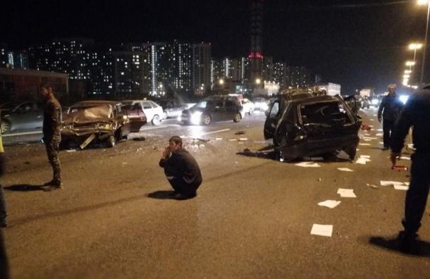 Вмассовой трагедии наКАД Петербурга пострадали трое мужчин