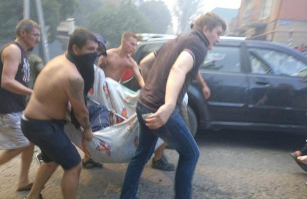 Крупный пожар охватил частные дома в Ростове-на-Дону