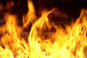 Два человека погибли в пожаре на Серебристом бульваре