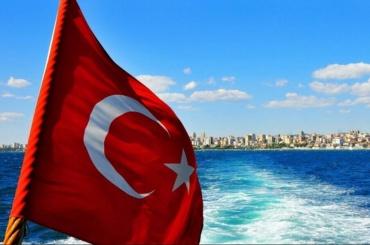 Учитель из Ленобласти впал в кому в Турции
