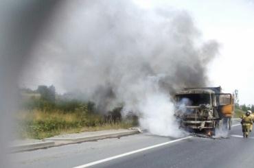 Самосвал горел на Киевском шоссе