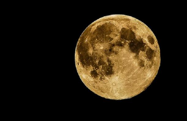 Лунное затмение увидят россияне 7 августа